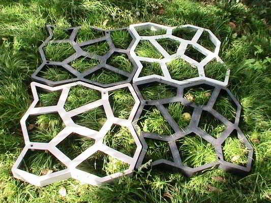 пластиковая форма для изготовления дорожек