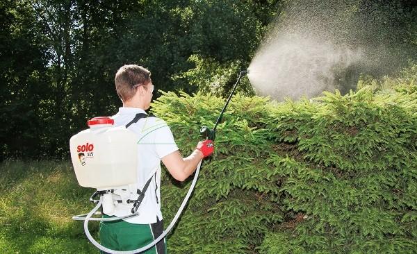 садовый ранцевый опрыскиватель полив