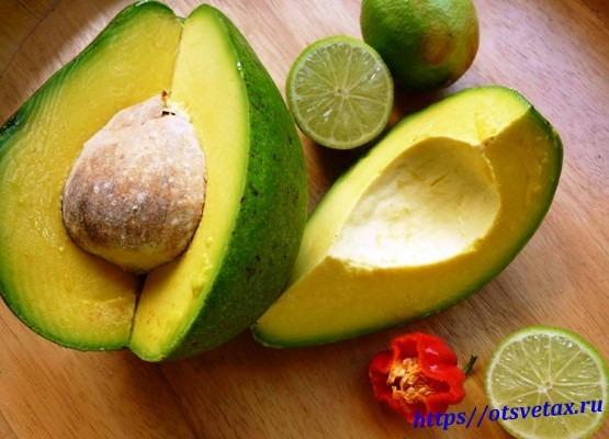 как правильно едят авокадо
